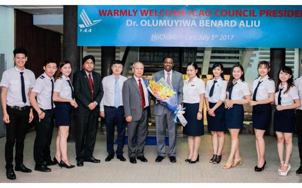 Chủ Tịch Hội đồng Tổ Chức Hàng Không Dân Dụng Quốc Tế  (icao) đến Thăm Học Viện Hàng Không Việt Nam
