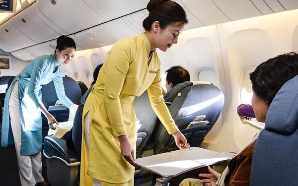 Học Viện Hàng Không Việt Nam tổ chức chuyến đi thực tế cho sinh viên tại sân bay Cam Ranh