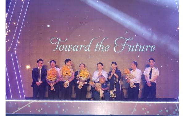 Bài phát biểu của TS. Nguyễn Thị Hải Hằng giám đốc Học viện Hàng không Việt Nam nhân kỷ niệm 40 năm ngày truyền thống.
