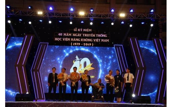 Hight light sự kiện kỷ niệm 40 năm ngày truyền thống Học viện Hàng không Việt Nam