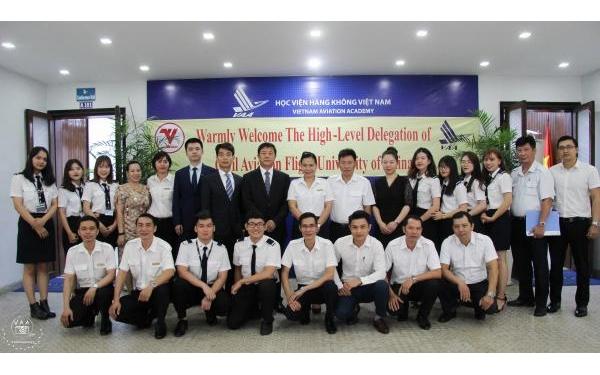 Học viện Hàng không VN làm việc chính thức với Trường ĐH Hàng không Dân dụng Trung Quốc