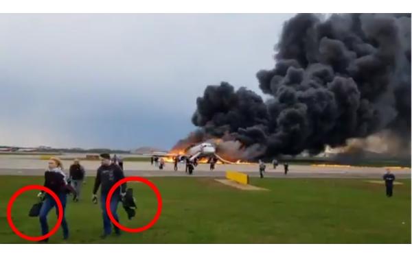 Hành động vô ý thức của hành khách khiến tai nạn máy bay Nga thêm tồi tệ?