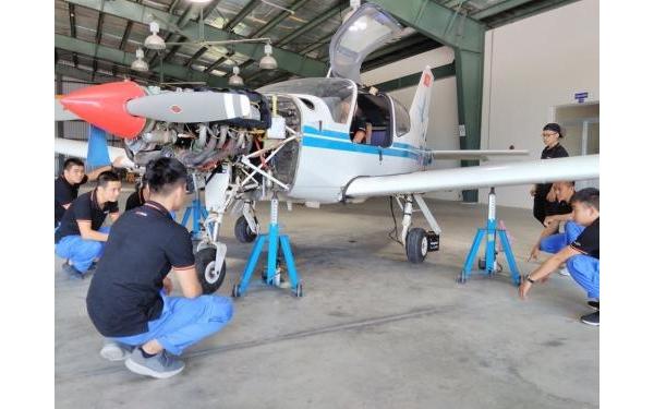 Giới thiệu khoa kỹ thuật hàng không